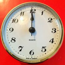 R72 QUARTZ CLOCK INSERT 72MM